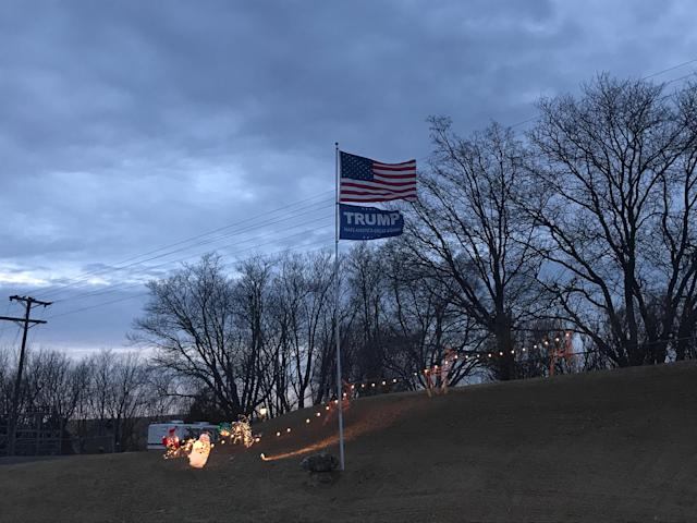 A Trump flag flies on a property along state highway 64 in Maquoketa. (Photo: Holly Bailey/Yahoo News)