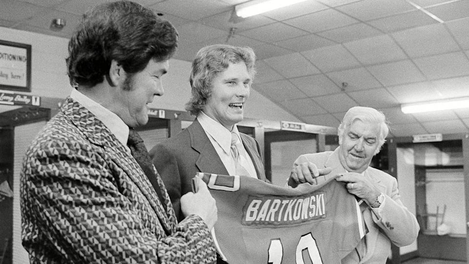 Mandatory Credit: Photo by Uncredited/AP/Shutterstock (5965421a)Steve Bartkowski, Marion Campbel, Frank Wall Steve Bartkowski, quarterback for the University of California, center, stands between Atlanta Falcons head coach Marion Campbell, left, and president Frank Wall as they display a Falcons jersey bearing Bartowski's name and number, in Atlanta, GeorgiaSteve Bartkowski, Marion Campbel and Frank Wall, Atlanta, USA.