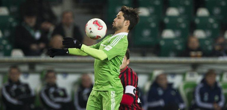 Wolfsburg's Brazilian midfielder Diego controls the ball, on December 15, 2012. Bayern will not under-estimate Wolfsburg, who earned a shock 3-2 win against defending champions Borussia Dortmund in December, especially with Diego bossing the midfield