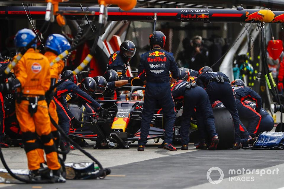 "Max Verstappen, Red Bull Racing RB16, pit stop <span class=""copyright"">Glenn Dunbar / Motorsport Images</span>"