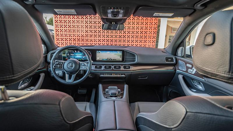 The interior of the 2020 Mercedes-Benz GLE 450.