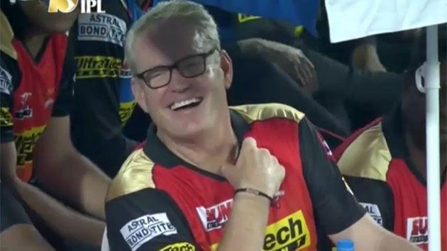 """moodys hindu singles He even shared the link of tom moody's page in a group called saffron union of kerala saying """"commies are abusing tom moody  alt news independent  """"hindu."""