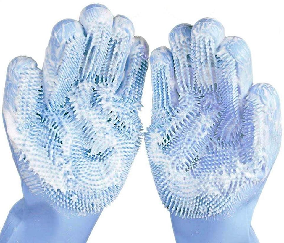"""<p>Traditional gloves can be filled with dirt and bacteria, so upgrade them to these <span>Silicone Dishwashing Gloves</span> ($7). The <a href=""""https://www.popsugar.com/family/Silicone-Dishwashing-Gloves-Amazon-45792253"""" class=""""link rapid-noclick-resp"""" rel=""""nofollow noopener"""" target=""""_blank"""" data-ylk=""""slk:editor-favorite pick"""">editor-favorite pick</a> makes for a fun stocking stuffer.</p>"""