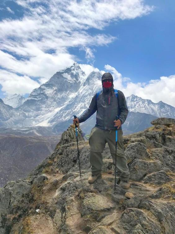 The writer on the Everest base camp trail (James Draven)