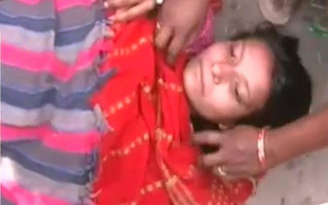 Uttar Pradesh shocker: Woman delivers on road unassisted after being denied ambulance