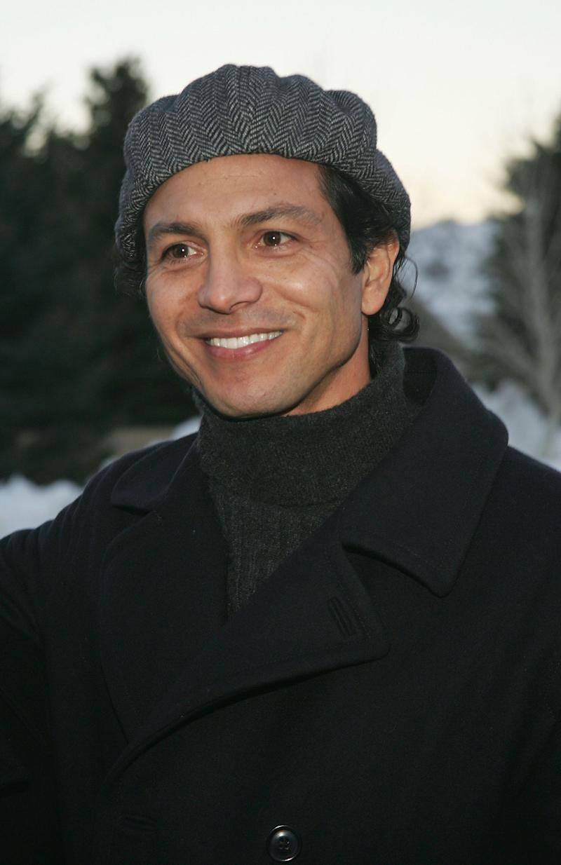 "The actor wears a turtleneck for the premiere of the film ""Thumbsucker"" in January 2005."
