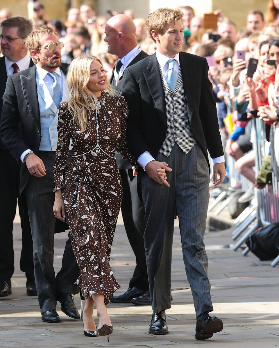 <p>Style icon Sienna Miller paired her Alessandra Rich dress with a diamanté body chain for pal Ellie Goulding's wedding - a trick we are eager to copy to revamp some of our own dresses.</p>