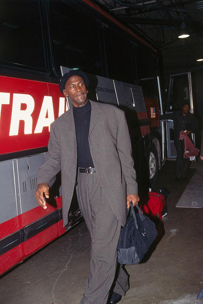 Michael Jordan arrives against at Arco Arena in Sacramento, California, on November 23, 1997. Source: Rocky Widner/NBAE via Getty Images