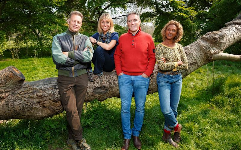 The Springwatch team: Chris Packham, Michaela Strachan, Iolo Williams, Gillian Burke - WARNING: Use of this copyright image is subject to the terms of use of BBC Pictures' Digital Picture