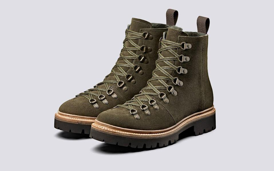 "<p><a class=""link rapid-noclick-resp"" href=""https://go.redirectingat.com?id=127X1599956&url=https%3A%2F%2Fwww.grenson.com%2Fuk%2Fnanette-womens-hiker-boots-in-green-suede.html&sref=https%3A%2F%2Fwww.townandcountrymag.com%2Fuk%2Fstyle%2Ffashion%2Fg35378208%2F10-of-the-best-chunky-walking-boots%2F"" rel=""nofollow noopener"" target=""_blank"" data-ylk=""slk:SHOP NOW"">SHOP NOW</a></p>"