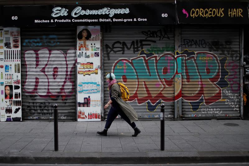 A closed hair and cosmetic shop in Paris during the second national lockdown