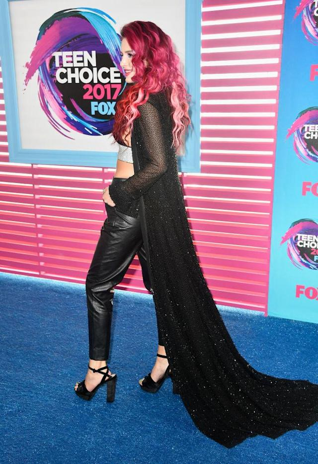 Bella Thorne does not do understated. (Photo: Getty Images)
