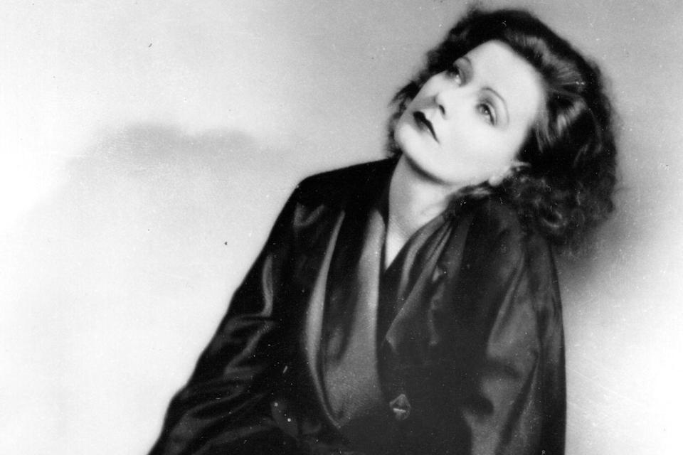 "Doch nicht nur Italien versorgte Hollywood mit Diven: Die mit dem Beinamen ""Die Göttliche"" kam etwa aus Schweden - Greta Garbo (1905 - 1990). (Bild: General Photographic Agency/Getty Images)"