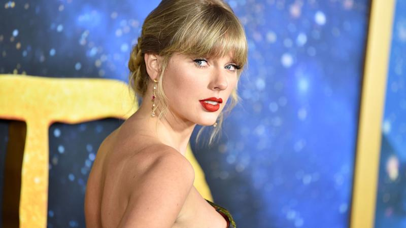 Taylor Swift Reveals She Struggled With an Eating Disorder: 'I'd Just Stop Eating'