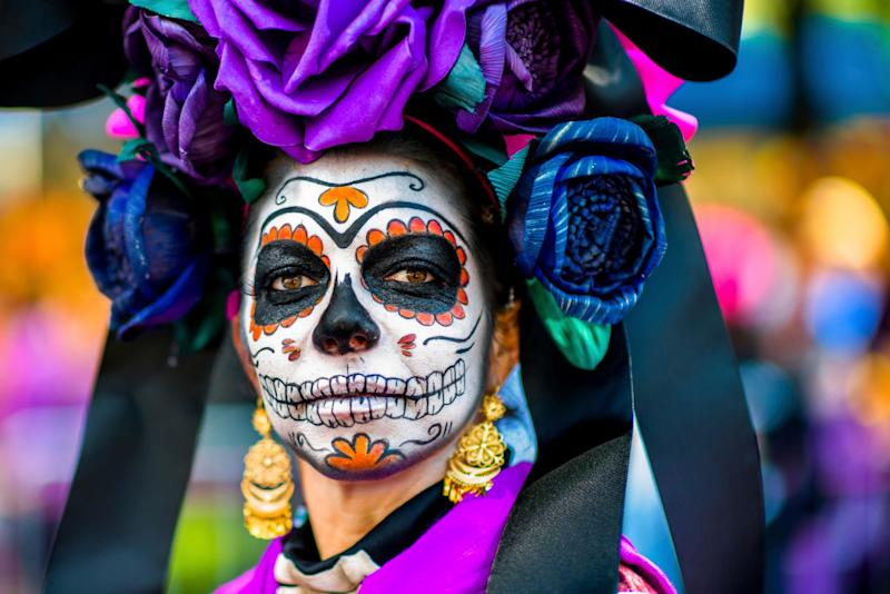 the origins and the celebration of the day of the dead dia de los muertos in mexico A cemetery during the day of the dead celebrations a s mexico celebrates the day of the dead (día de los muertos the origins of the day of the dead rest.