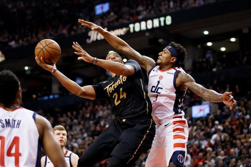 Powell has the hot hand as Raps tie franchise scoring record in thumping Wizards