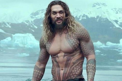 Jason Momoa as Aquaman ()