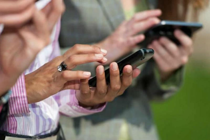 Upper Castes Dominate Social Media Usage, Muslims More Exposed Than Dalits and Tribals: Study