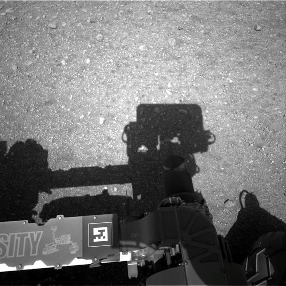 On Mars, Curiosity Rover Ponders Panoramic View & Self-Portrait