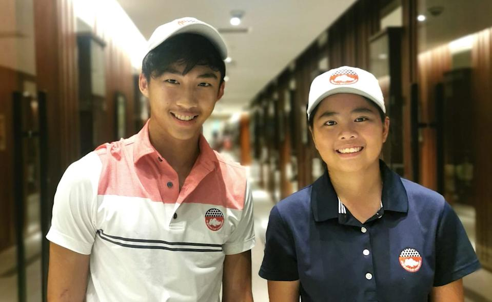 Youth golfers (from left) Sean Lee and Shannon Tan will be taking part in the Singapore Junior Masters Open category. (PHOTO: Singapore Junior Masters)