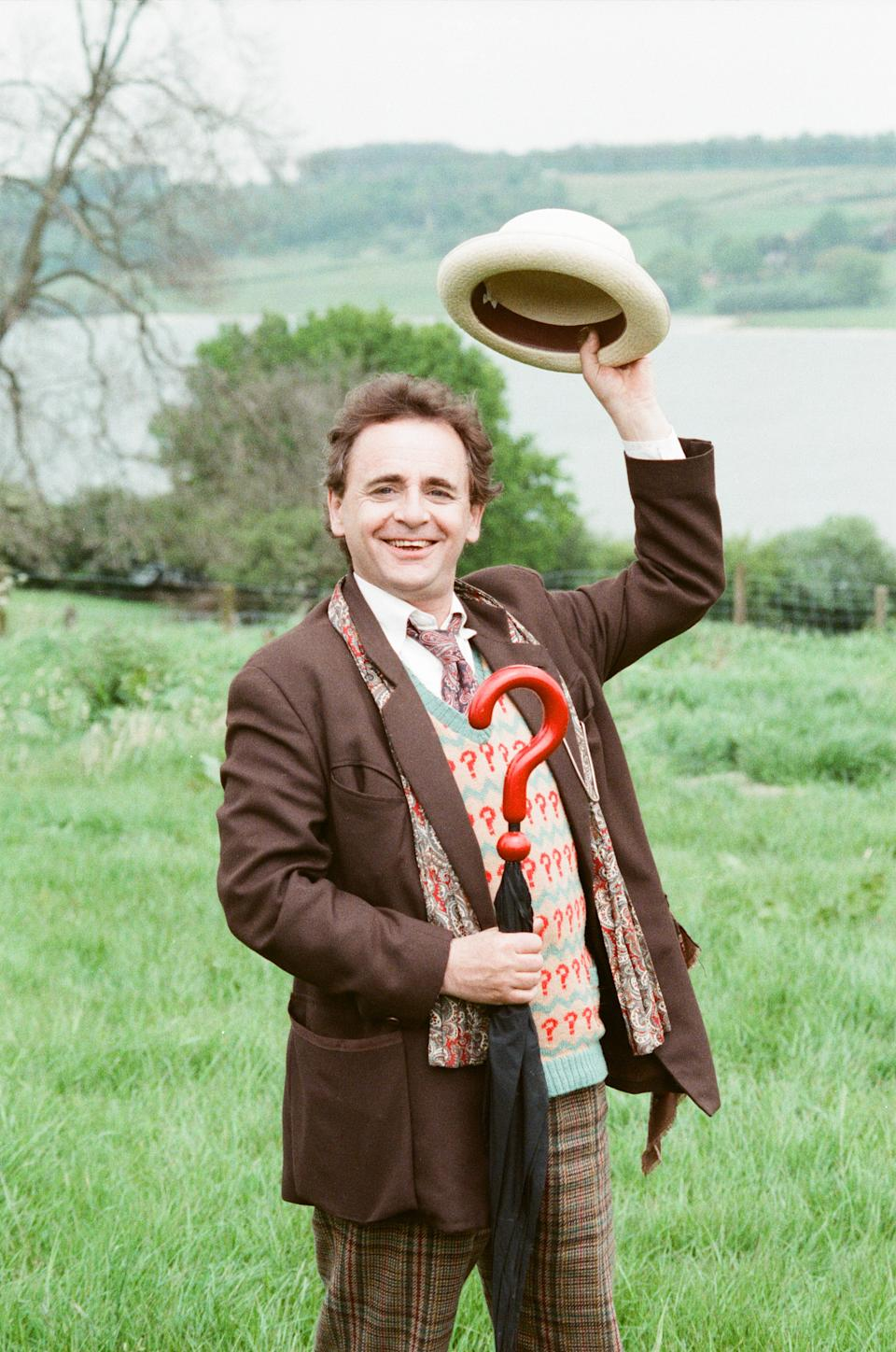 Sylvester McCoy as the Doctor whilst on location filming for the Dr Who story Battlefield, 16th May 1989. (Photo by Arnold Slater/Mirrorpix/Getty Images)