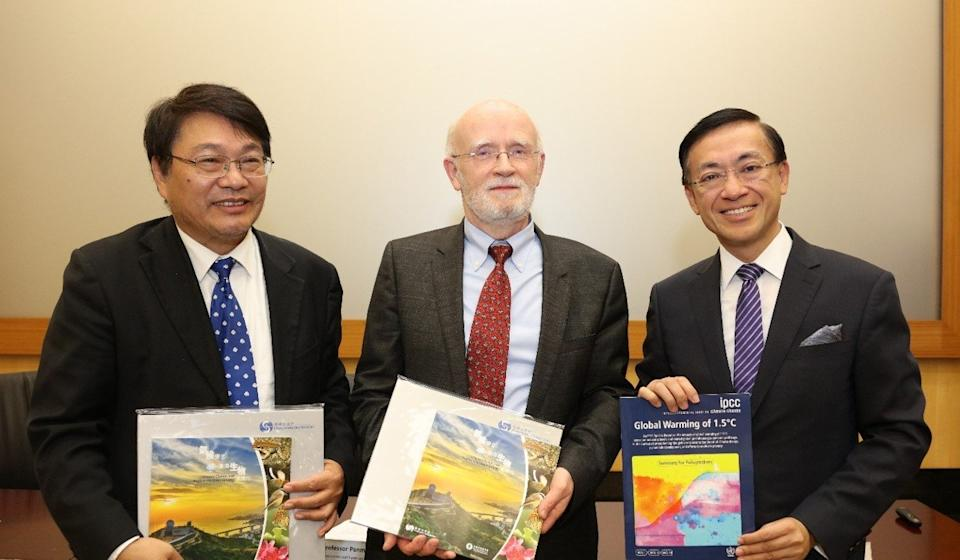 From left to right, Zhai Panmao, Hans-Otto Pörtner and Shun Chi-ming. Photo: Handout