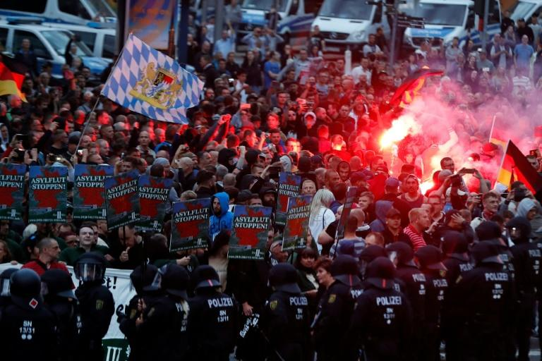 A fatal stabbing has sparked racist mob violence in the city of Chemnitz in which rightwing extremists have hunted down immigrants in the streets