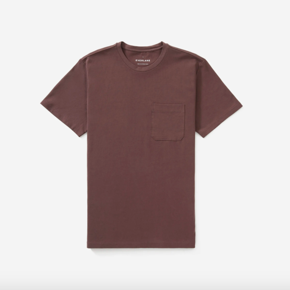 """<p><strong>Everlane</strong></p><p>everlane.com</p><p><strong>$20.00</strong></p><p><a href=""""https://go.redirectingat.com?id=74968X1596630&url=https%3A%2F%2Fwww.everlane.com%2Fproducts%2Fmens-premium-weight-pocket-tee-harbor-grey&sref=https%3A%2F%2Fwww.esquire.com%2Fstyle%2Fmens-fashion%2Fg33391536%2Feverlane-summer-sale%2F"""" rel=""""nofollow noopener"""" target=""""_blank"""" data-ylk=""""slk:Buy"""" class=""""link rapid-noclick-resp"""">Buy</a></p><p>A pocket for your thoughts, sir?</p>"""
