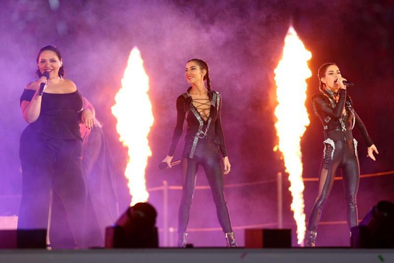 Kia Peru and The Veronicas performed at the 2018 Commonwealth Games Closing Ceremony. Source: Getty