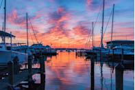 <p>This marina in Annapolis, Maryland looks particularly stunning at sunset.</p>