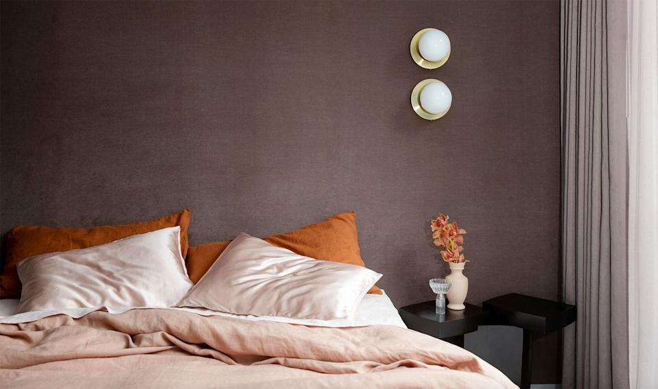 """<p>When it comes to <a href=""""https://www.housebeautiful.com/room-decorating/bedrooms/a35796005/healthy-sleep-habits/"""" rel=""""nofollow noopener"""" target=""""_blank"""" data-ylk=""""slk:sleep"""" class=""""link rapid-noclick-resp"""">sleep</a>, you deserve the best. And that means treating yourself to the <a href=""""https://www.housebeautiful.com/shopping/home-accessories/g25850120/best-sheets/"""" rel=""""nofollow noopener"""" target=""""_blank"""" data-ylk=""""slk:best sheets"""" class=""""link rapid-noclick-resp"""">best sheets</a>. And if you've never cuddled up in linen sheets before, you'll want to start once you read this. Linen is one of the most durable, all-season textiles out there, especially when it comes to bedding. It's typically made from the flax plant and has been around for nearly 40,000 years, according to <a href=""""https://blog.parachutehome.com/what-is-linen/"""" rel=""""nofollow noopener"""" target=""""_blank"""" data-ylk=""""slk:Parachute"""" class=""""link rapid-noclick-resp"""">Parachute</a>. </p><p>The best part? Since the fabric gets softer with each wash, linen sheets just get even more comfortable with time. And, linen dries more quickly than cotton, making it a good option for hot sleepers and the summer months. Not to mention, they lend themselves beautifully to a relaxed yet elegant aesthetic. From customer-favorite brands like <a href=""""https://go.redirectingat.com?id=74968X1596630&url=https%3A%2F%2Fwww.brooklinen.com%2F&sref=https%3A%2F%2Fwww.housebeautiful.com%2Fshopping%2Fhome-accessories%2Fg31933748%2Fbest-linen-sheets%2F"""" rel=""""nofollow noopener"""" target=""""_blank"""" data-ylk=""""slk:Brooklinen"""" class=""""link rapid-noclick-resp"""">Brooklinen</a> to a vintage-inspired set from the Australia-based brand Cultiver, there are a plethora of great linen sheet sets out there that will keep you cool, comfortable, and cozy, no matter what season. </p>"""