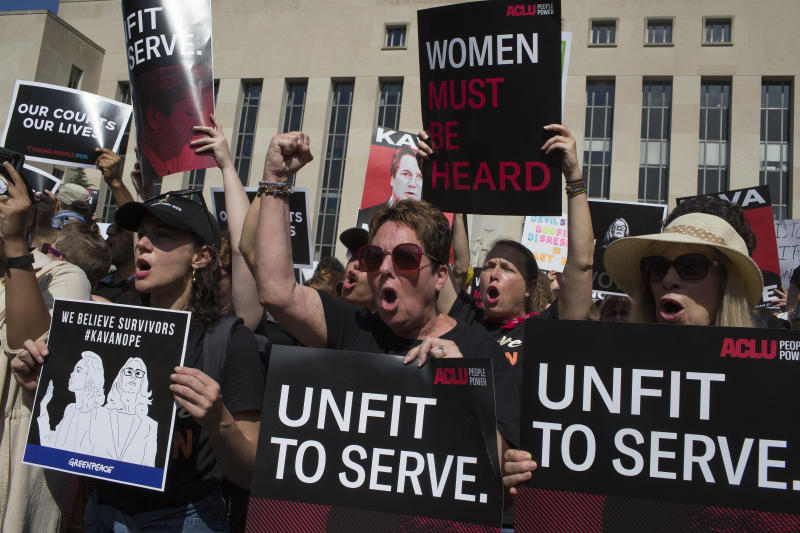 In the evening of the Senate vote to confirm Kavanaugh as the next supreme court of justice, activists and furious citizens march to the Supreme Court to demand that he not be confirmed. (Andrew Lichtenstein via Getty Images)