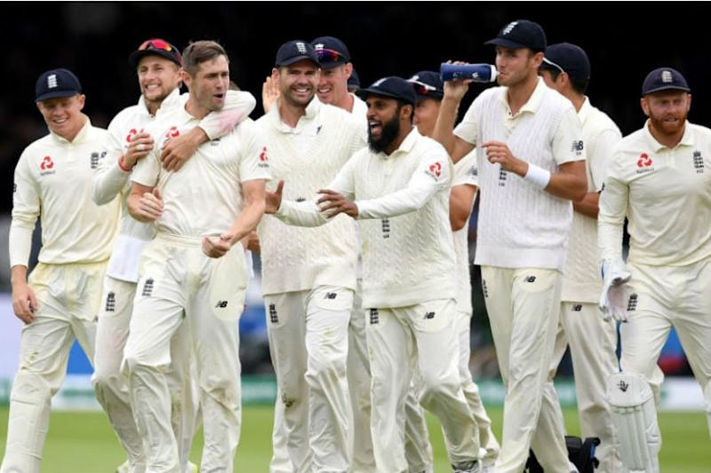 England Cricket Chief 'Not a Champion' of Four-Day Tests