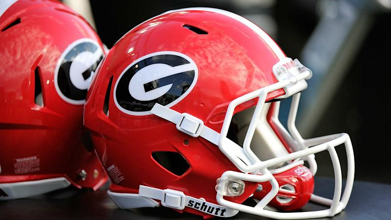 Georgia QB Mathis has cyst removed from brain