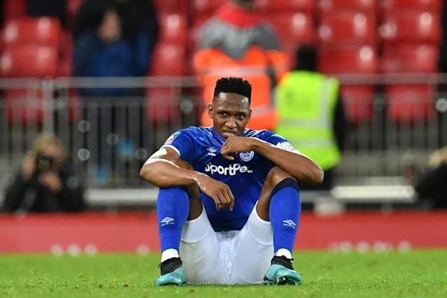 Everton defender Yerry Mina has suffered a partially torn thigh muscle (AFP Photo/Paul ELLIS)