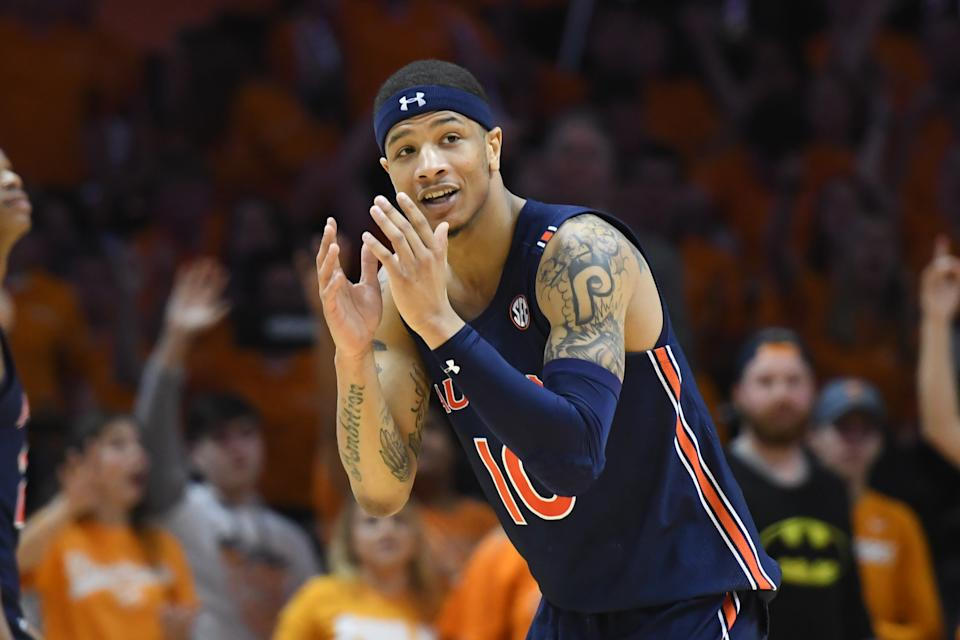 Mar 7, 2020; Knoxville, Tennessee, USA; Auburn Tigers guard Samir Doughty (10) reacts to an officialÕs call during the second half against the Tennessee Volunteers at Thompson-Boling Arena. Mandatory Credit: