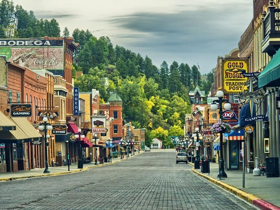 <p>Deadwood, South Dakota, was founded as a Gold Rush town and is still home to trading posts and gambling haunts today. </p>