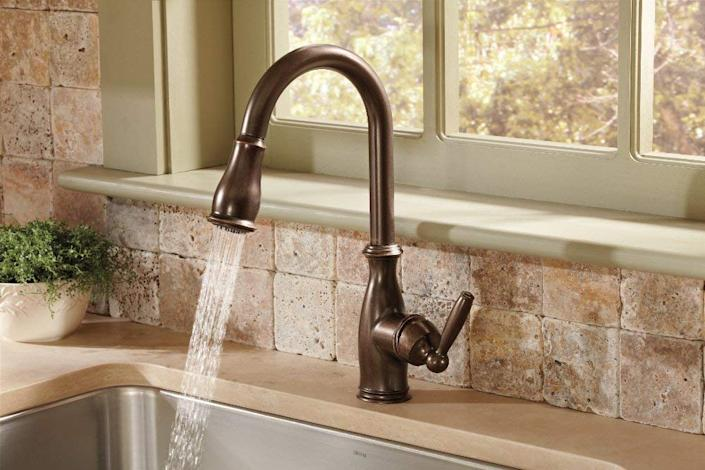 Moen 7185ORB Brantford One-Handle Pulldown Kitchen Faucet Featuring Power Boost and Reflex. (Photo: Amazon)