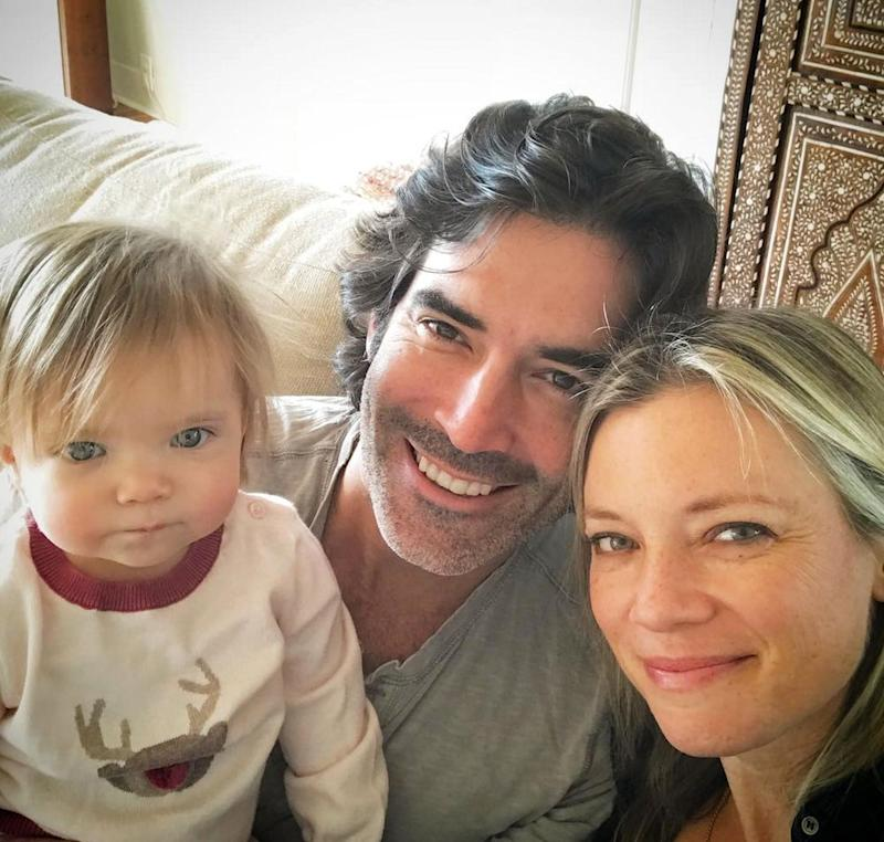 Carter Oosterhouse, Amy Smart and daughter Flora