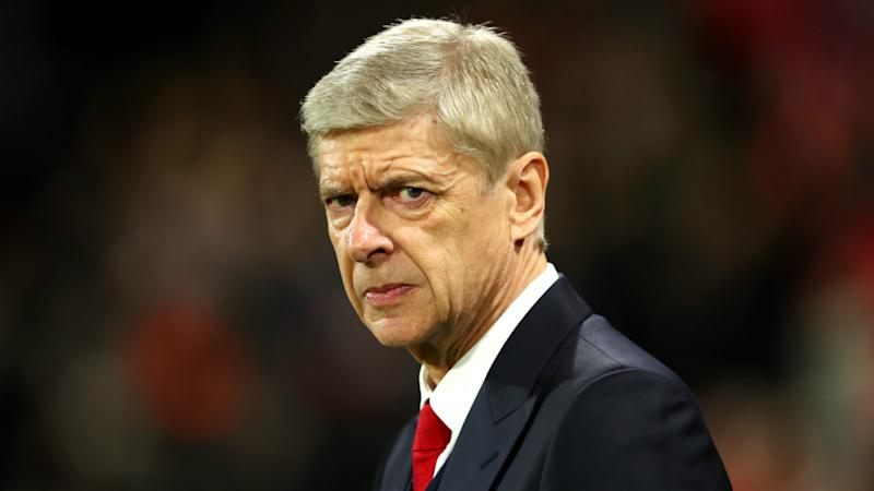 'Wenger must go' - Arsenal fans round on manager after Bayern Munich defeat