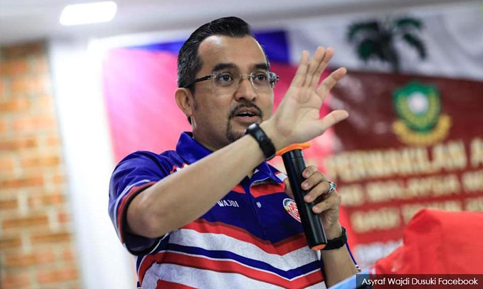Umno Youth chief urges Bersatu to stop 'stealing', 'buying' their members