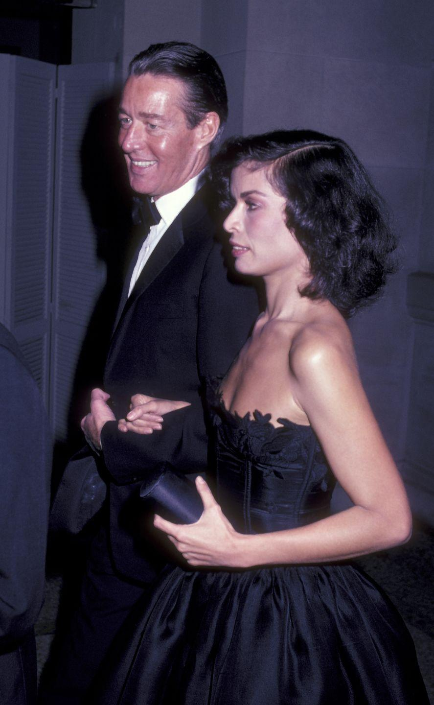 <p>Halston and Bianca Jagger attend an exhibition at the Metropolitan Museum of Art Costume Institute.</p>