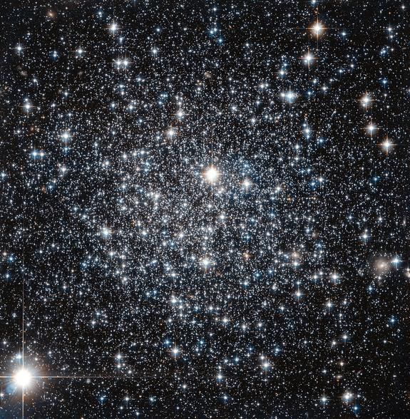 Outer Space Diamond: Stars Glitter Like Diamonds In Spectacular Hubble