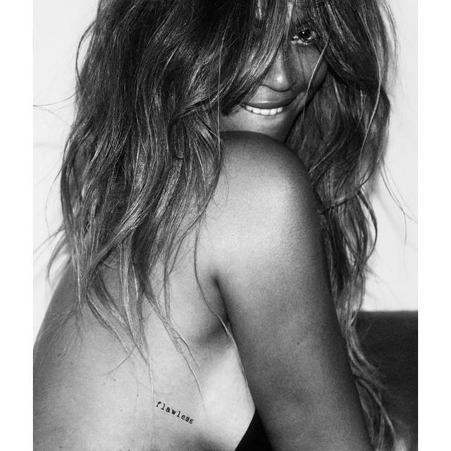 e5cfdfd01 Beyoncé Shows Off Side Boob in Sexy, New 'Flash Tattoo' Campaign
