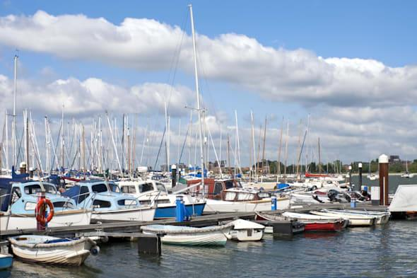 Holidaymaker drowned after falling off boat in Poole