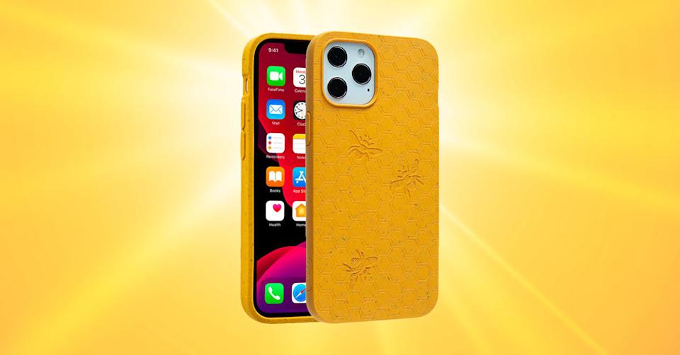 Pela Honey (Bee Edition) Eco-Friendly Case for iPhone 12 Pro Max (Photo: Verizon Wireless/Getty)