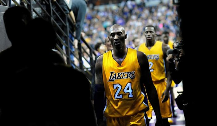 Kobe Bryant walks off the court to the locker room at halftime of a 118-115 loss to the Kings at Sleep Train Arena.