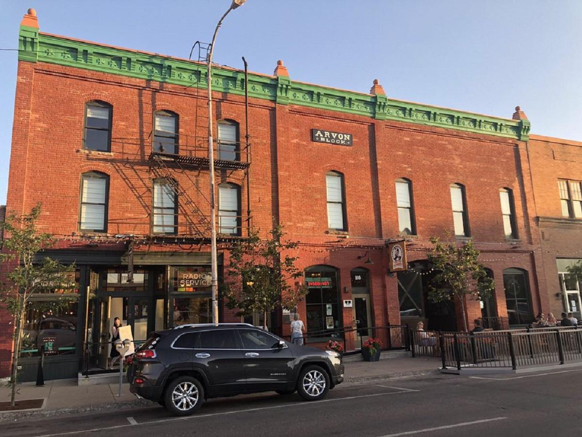 """<p>The Celtic Cowboy in Great Falls, Montana, is named after Welsh immigrant Robert Vaughn, the first known European settler in the county who opened the odd combination of a hotel-stable Arvon Block. Locals started calling him the Celtic Cowboy and that later became the name of the pub located <a href=""""https://www.theactivetimes.com/travel/oldest-hotels-america?referrer=yahoo&category=beauty_food&include_utm=1&utm_medium=referral&utm_source=yahoo&utm_campaign=feed"""">in the historic hotel</a>, now called Hotel Arvon. Its long-winded menu includes fish and chips, Irish breakfast and Guinness stew, plus playful eats like baked mac and cheese topped with corned beef and breadcrumbs — an <a href=""""https://www.thedailymeal.com/cook/unexpected-mac-and-cheese-additions?referrer=yahoo&category=beauty_food&include_utm=1&utm_medium=referral&utm_source=yahoo&utm_campaign=feed"""">unexpected mac and cheese combo</a>.</p>"""