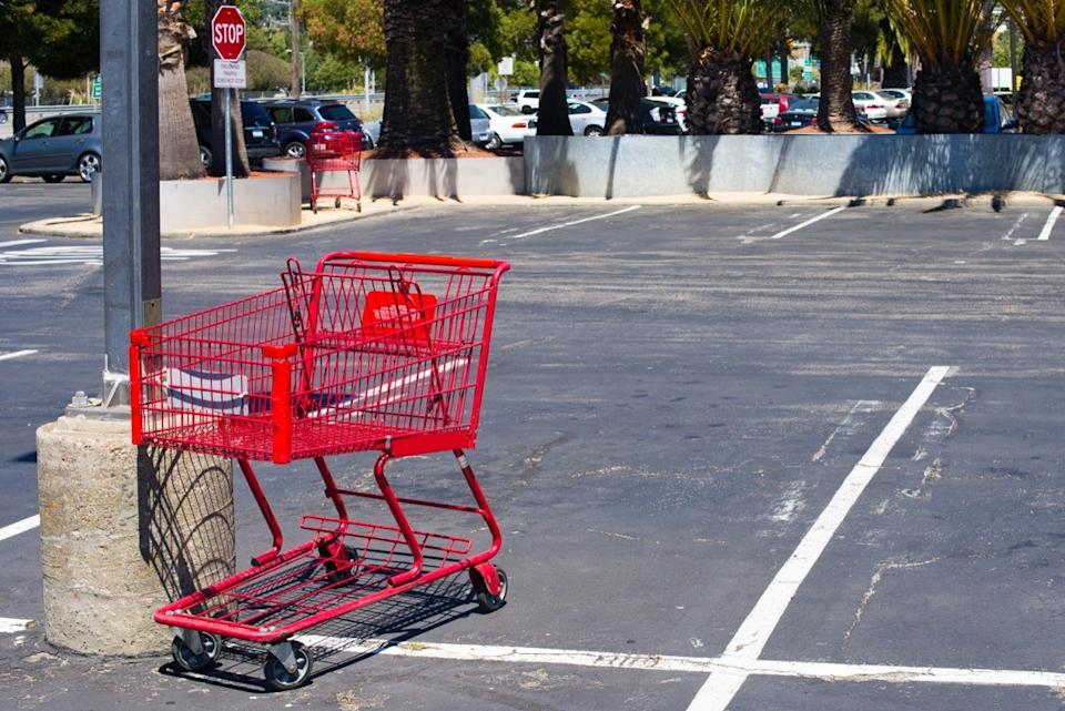 Shopping Cart in the Middle of a Parking Lot {Free Acts of Kindness}