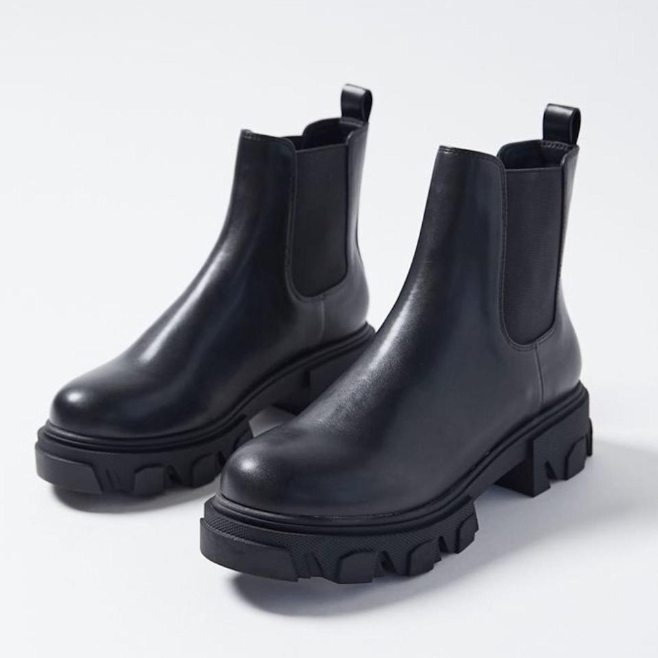 """A top-rated, everyday style that won't break the bank. $79, Urban Outfitters. <a href=""""https://www.urbanoutfitters.com/shop/uo-mira-chunky-chelsea-boot?"""" rel=""""nofollow noopener"""" target=""""_blank"""" data-ylk=""""slk:Get it now!"""" class=""""link rapid-noclick-resp"""">Get it now!</a>"""